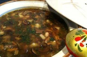 Похлебка с фасолью и грибами