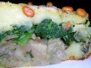 Картофельная запеканка с вешенками и шпинатом