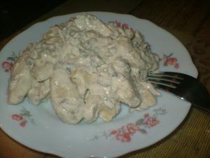 Постные вареники с картофелем и грибным соусом